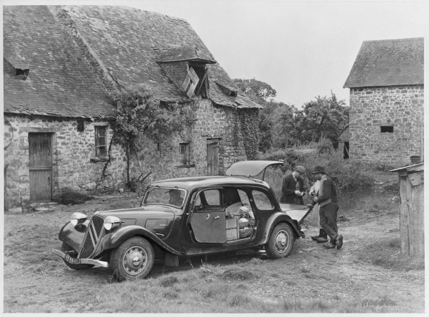 citroen-traction-avant-11-commerciale-2