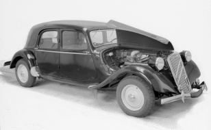 citroen-traction-avant-15-six-4