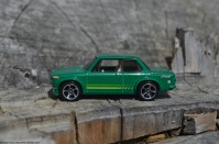hot-wheels-bmw-2002-4