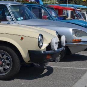 The third annual Velaux Rétro carshow