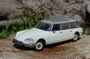 Scaled down: Norev's 1/18-scale Citroën ID 21 station wagon