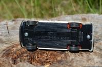 corgi-mercedes-benz-240d-7
