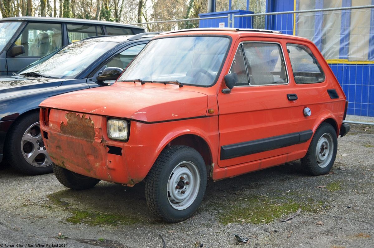 car lot find fiat 126 bambino 650 ran when parked. Black Bedroom Furniture Sets. Home Design Ideas