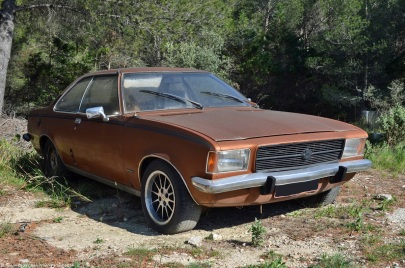 opel-rekord-d-coupe-1