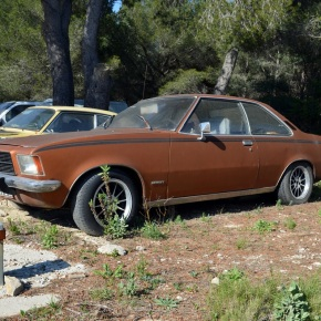 Car lot find: Opel Rekord (D) Coupe