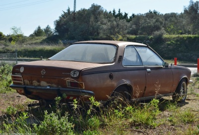 opel-rekord-d-coupe-8