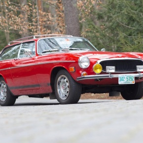 13,000-mile 1973 Volvo P1800 ES sells for $92,400