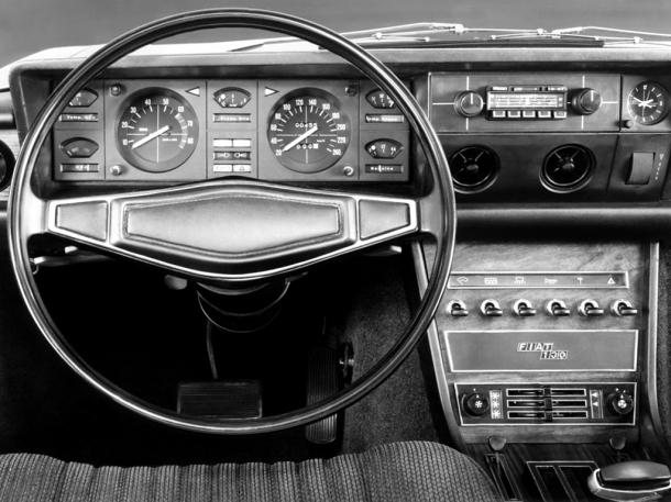 fiat-130-interior