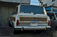ranwhenparked-japan-jeep-grand-wagoneer-1