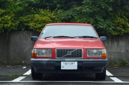 ranwhenparked-japan-volvo-700-wagon
