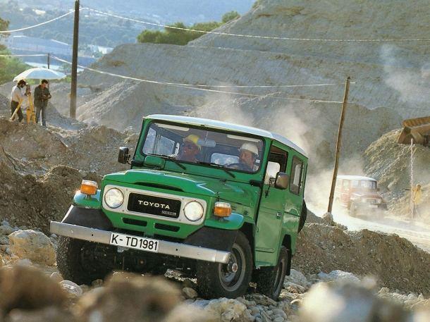 toyota-bj-40-green-1