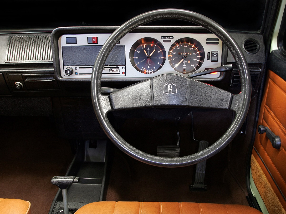 Pics for vw golf mk1 interior for Interior volkswagen golf