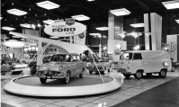 1961-chicago-motor-show-ford