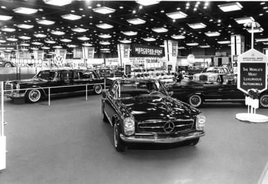 1966-chicago-motor-show-mercedes-benz