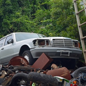 Rust in peace: Mercedes-Benz w126