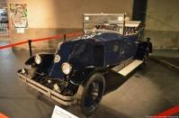 toyota-history-garage-renault-6cv-1