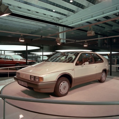 volkswagen-auto-2000-10