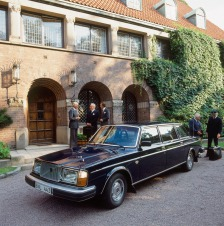 volvo-264-limousine-3
