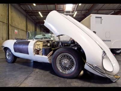 ivan-schneider-1967-jaguar-e-type-3