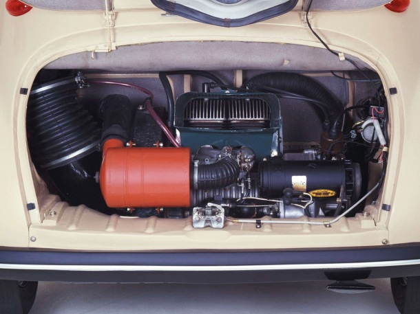 subaru-360-engine-bay