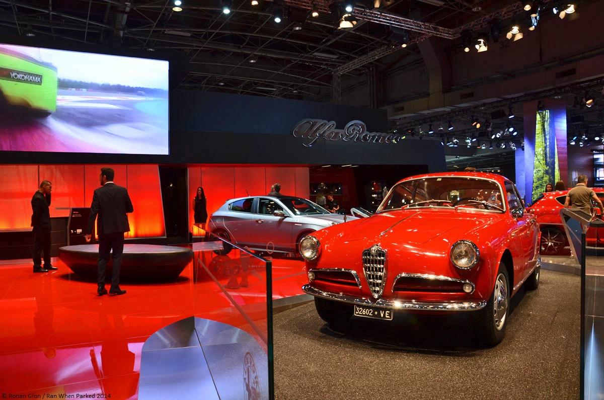 Live from the paris motor show 1954 alfa romeo giulietta for Garage alfa romeo paris