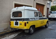ranwhenparked-paris-renault-4-6