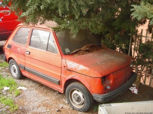 ranwhenparked-rome-fiat-126-2