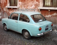ranwhenparked-rome-fiat-850-sedan-1