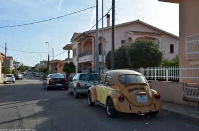 ranwhenparked-sardinia-volkswagen-beetle-2