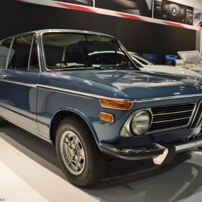 Live from the 2014 SEMA show: 1973 BMW 2002 tii