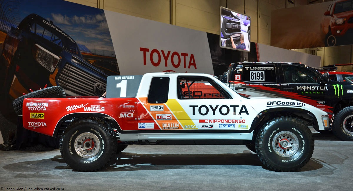 live from the 2014 sema show toyota t100 sr5 trophy truck. Black Bedroom Furniture Sets. Home Design Ideas