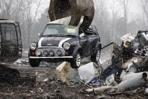 departmentment-of-homeland-security-mini-cooper-crushed-10