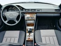mercedes-benz-300ce-cabriolet-w124-3