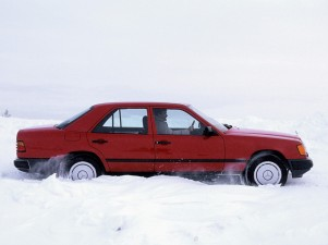 mercedes-benz-300e-4matic-2