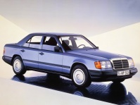 mercedes-benz-300e-4matic-6
