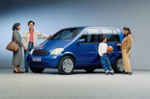 mercedes-benz-family-car-china-1994-1