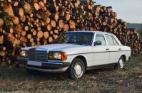 mercedes-benz-w123-300d-1979-13-1