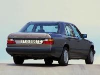 mercedes-benz-w124-250d-1