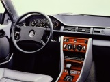 mercedes-benz-w124-300ce-interior