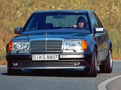 30 years ago: Mercedes-Benz introduces the w124 | Ran When