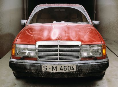 mercedes-benz-w124-development-3