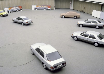 mercedes-benz-w124-development-6