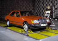 mercedes-benz-w124-development-9