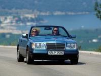mercedes-benz-w124-e220-cabriolet-6