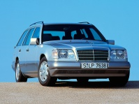 mercedes-benz-w124-wagon-1