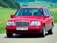 mercedes-benz-w124-wagon-3