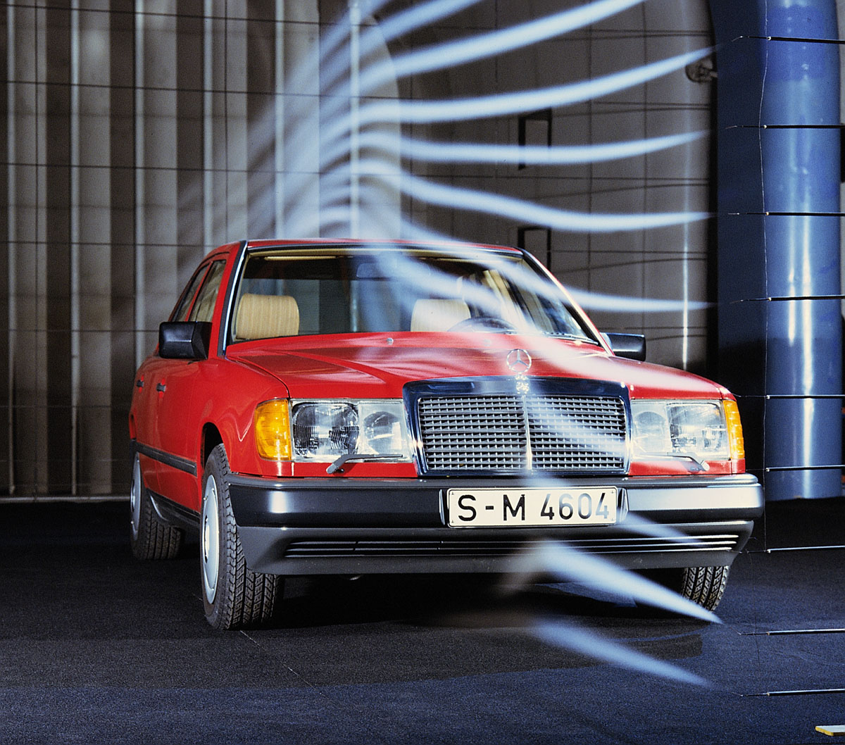 30 Years Ago Mercedes Benz Introduces The W124 Ran When Parked