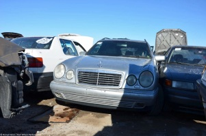 ranwhenparked-slc-mercedes-benz-e-class-w211-1