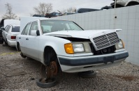ranwhenparked-slc-mercedes-benz-w124-300e-1