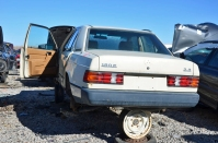 ranwhenparked-slc-mercedes-benz-w201-190e-2